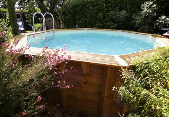 piscine en bois esth tique piscines hydro sud. Black Bedroom Furniture Sets. Home Design Ideas