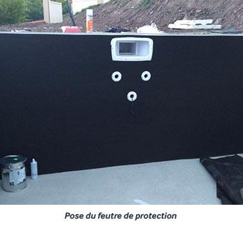 https://www.piscines-hydrosud.be/medias_produits/imgs/montage-du-mur-filtrant-etape-5.jpg